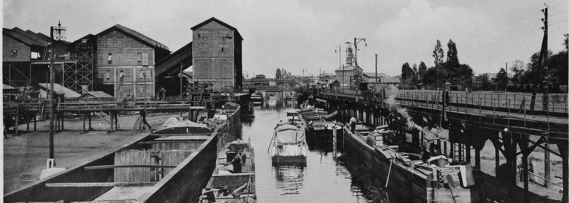 L'ancien port de la mine à Montceau, en 1927. © CUCM, document Écomusée. Reproduction D. Busseuil.