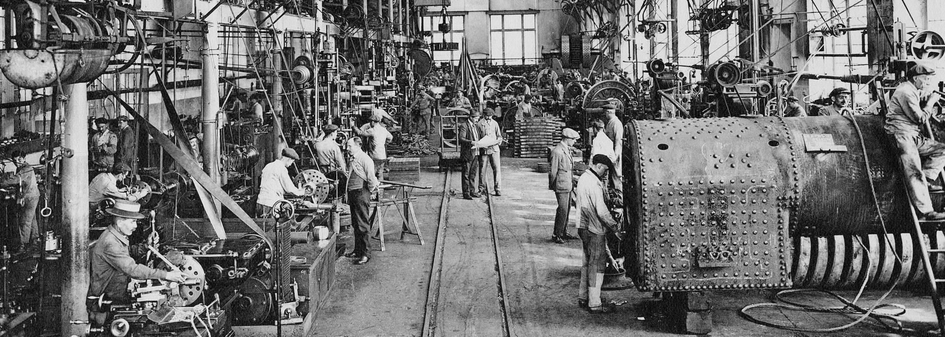 Les ateliers d'ajustage des houillères en 1927, Montceau-les-Mines. © CUCM, Service Écomusée, reproduction D. Busseuil.