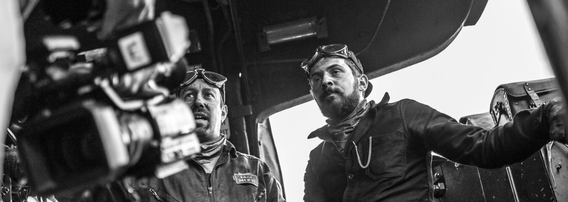 Aux commandes de la 241 P 17, Le Creusot. © Chemins de Fer du Creusot.