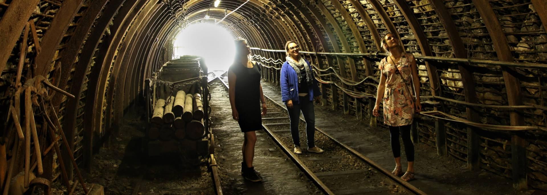 En pénétrant dans la galerie du Musée de la Mine, Blanzy. © Lesley Williamson.