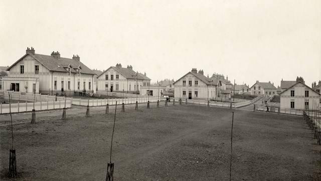 La cité de La Saule; construite en 1918. © CUCM, document Écomusée, reproduction D. Busseuil.