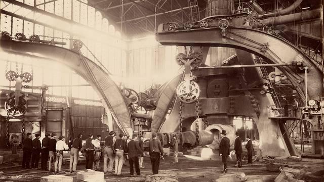 La halle du marteau-pilon de 100 tonnes en 1881, Le Creusot. © CUCM, document Écomusée, reproduction D. Busseuil.