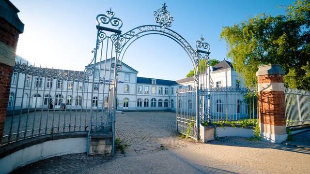La cour principale des Ateliers du Jour, Montceau-les-Mines. © Franck Juillot.