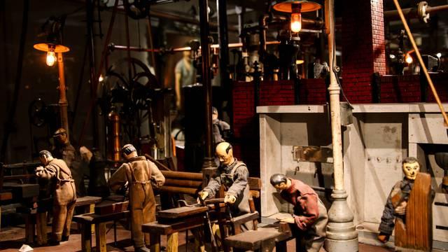 Détail de l'Usine miniature au Musée de l'homme et de l'indsutrie, Le Creusot. © Lesley Williamson.