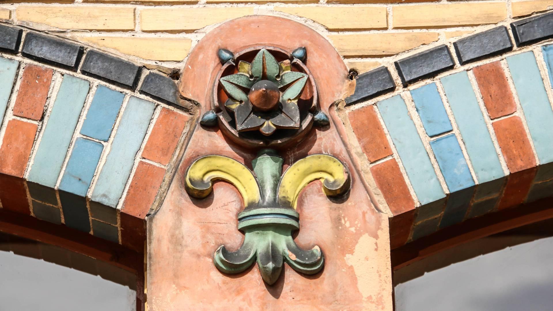 Détail de l'orangerie de la Villa Perrusson, Écuisses. © Lesley Williamson.
