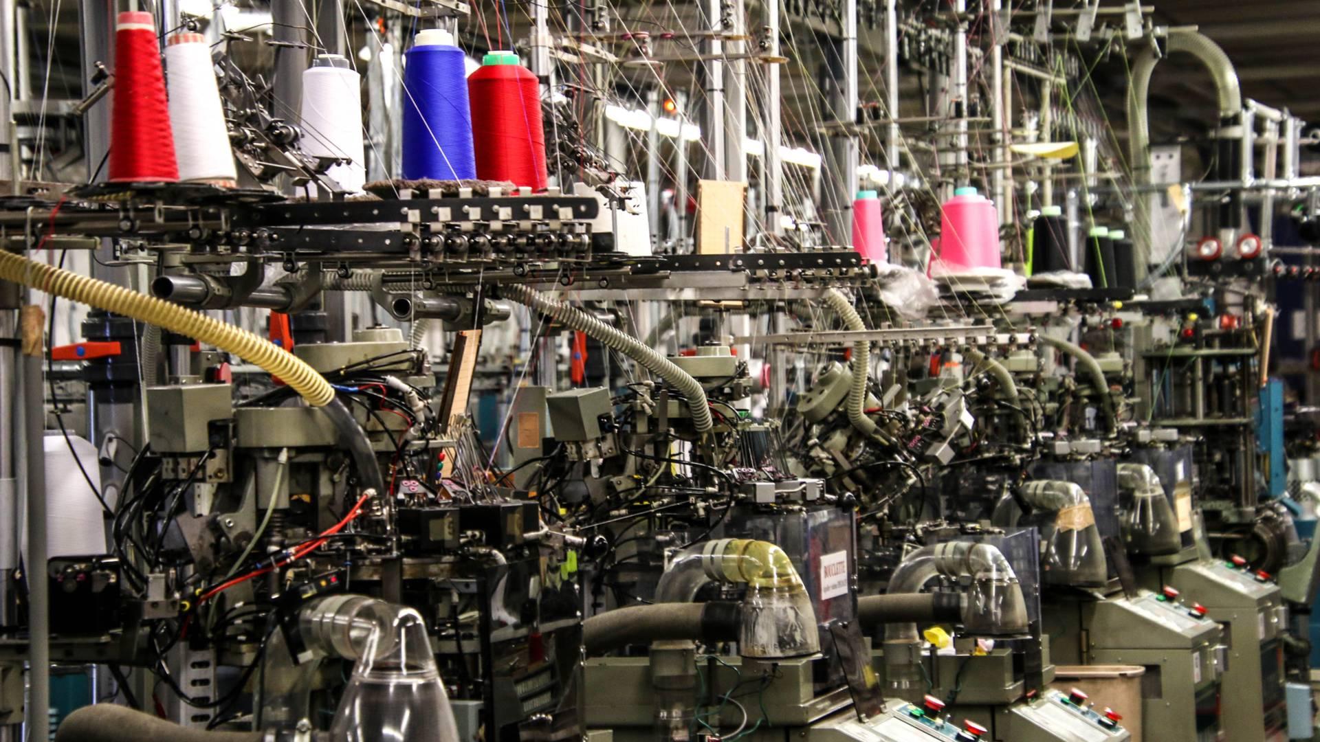 L'atelier de tricotage Perrin. © Lesley Williamson.