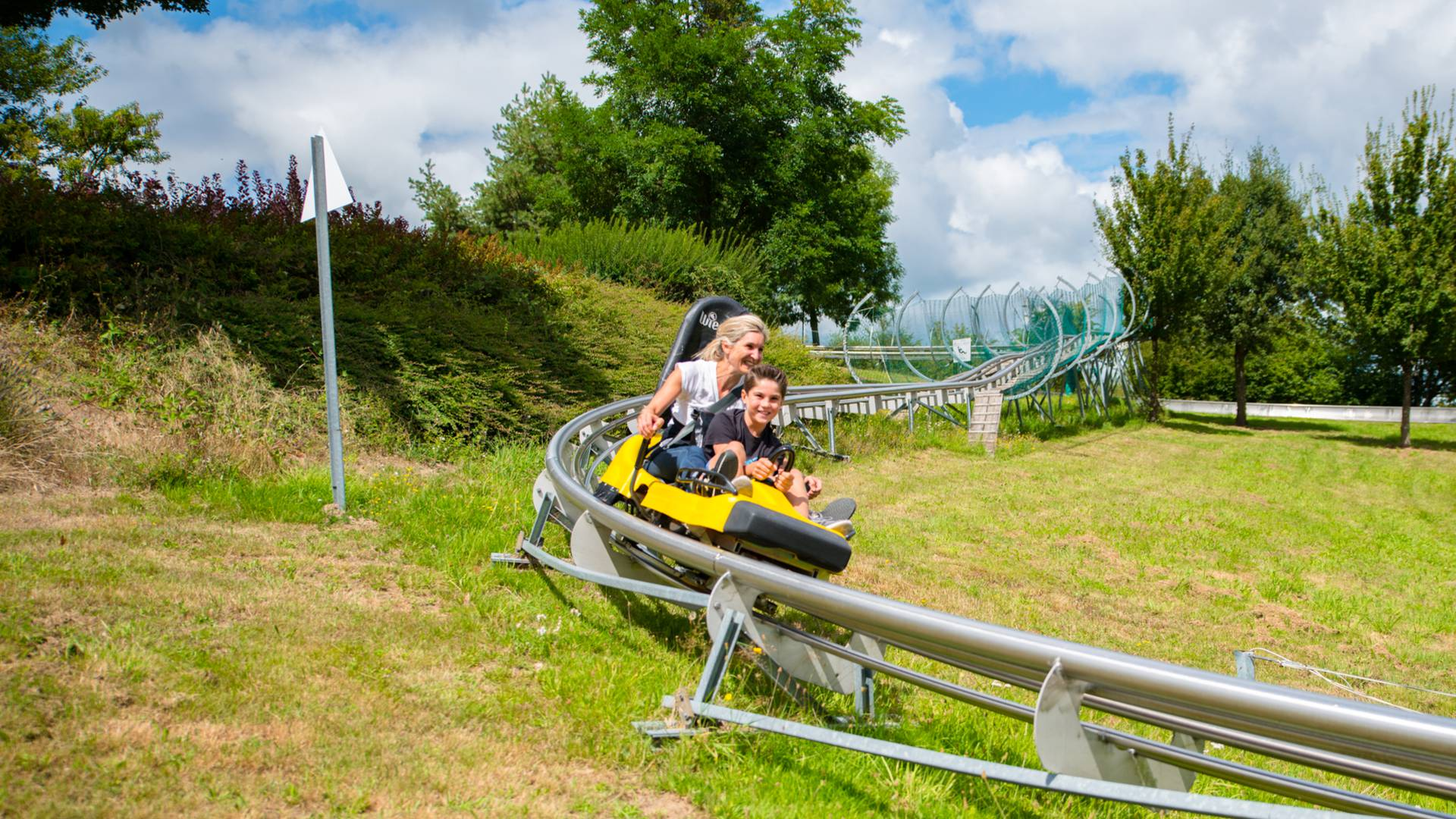 L'Alpine Coaster, attraction du Parc des Combes, Le Creusot. © Franck Juillot.