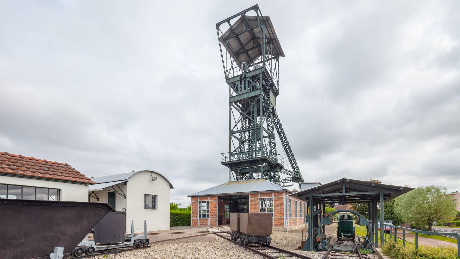 Le chevalement de l'ancien puits Saint-Claude au Musée de la Mine, Blanzy. © Xavier Spertini.