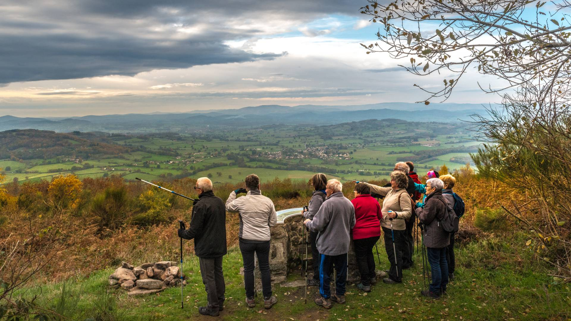 Sur les hauteurs de Saint-Symphorien-de-Mamagne. © Oscara Photogrpahe, Creusot Montceau Tourisme.