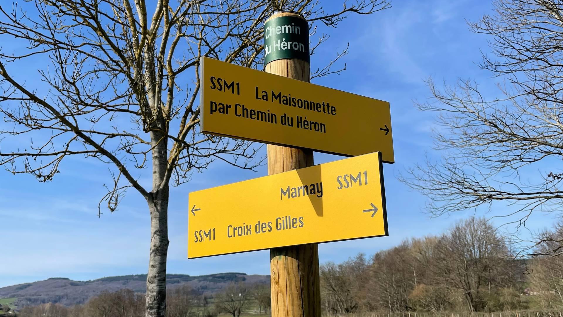 Balisage d'une Balade verte. © Creusot Montceau Tourisme.
