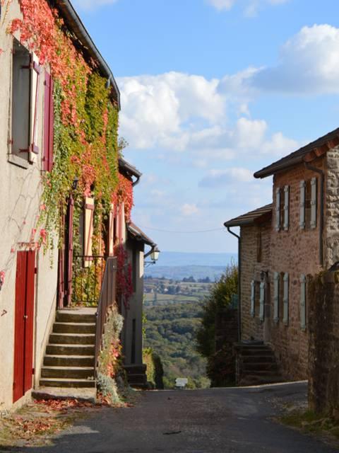 Ruelle de Mont-Saint-Vincent. © Creusot Montceau Tourisme.