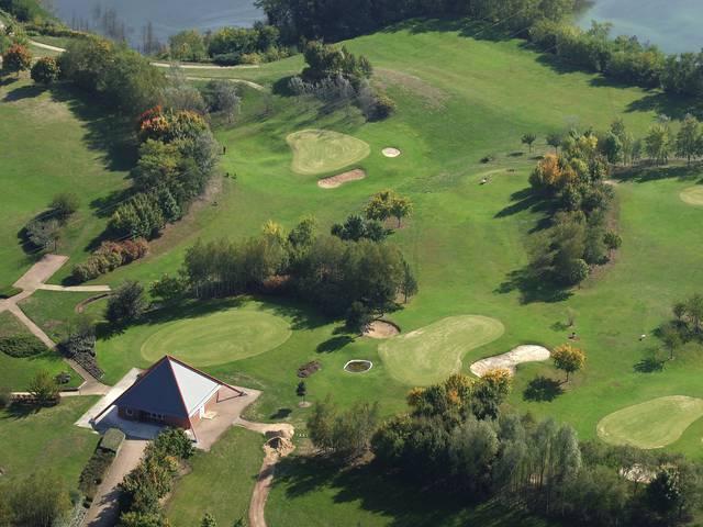 Vue aérienne du golf de Montceau. © Mairie de Montceau, service communication.