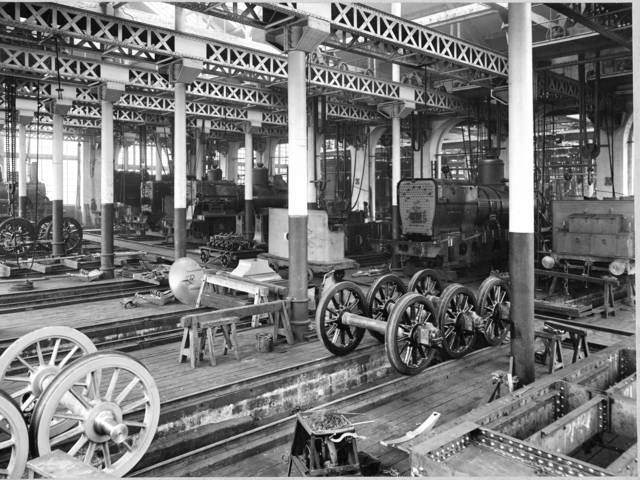Établissements Schneider : atelier de montages des locomotives, Le Creusot. © CUCM, document Écomusée, reproduction D. Busseuil.