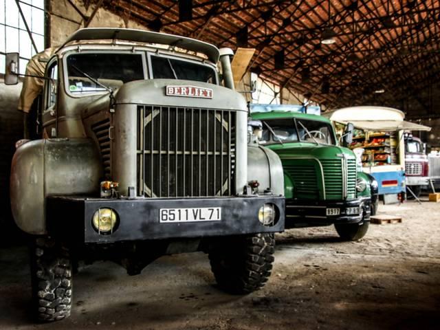 Dans les anciens ateliers de l'Usine Aillot, Montceau-les-Mines. © Lesley Williamson.