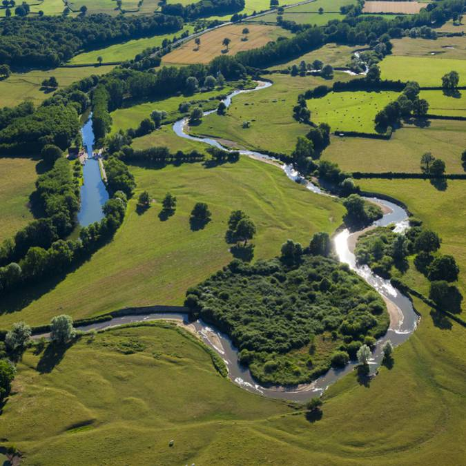 Le canal du Centre dans le Charolais. © DSL-Aurélien Ibanez-Bourgogne Live Prod.