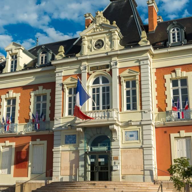 Hôtel de ville de Montceau-les-Mines. © Oscara Photographe_Creusot Montceau Tourisme.