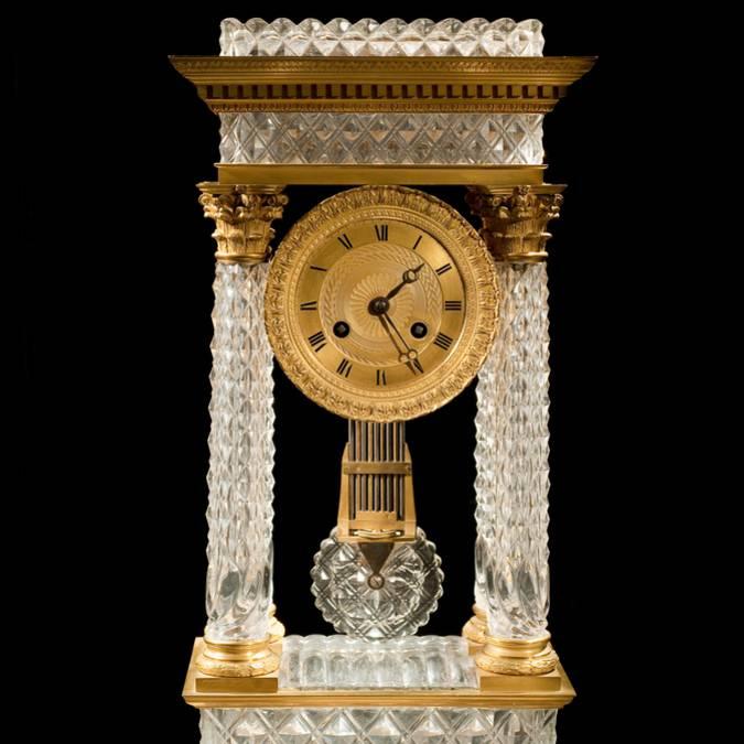 Pendule Restauration, vers 1820, Le Creusot, Musée de l'homme et de l'industrie. © CUCM, document écomusée, reproduction D. Busseuil.